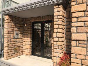 事務所ビル玄関2ラプラージュ総合法務事務所(プレジオ神戸ウェスト302号)
